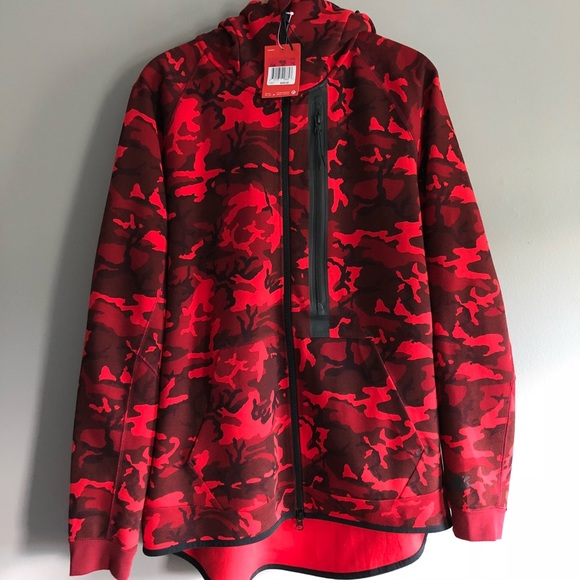 6f71eb2b0a4a Nike Tech SportsWear Camo Fleece Full Zip